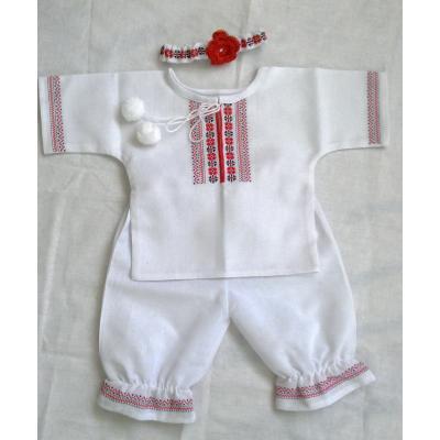 """Вишитий костюм для немовляти """"Владочка""""."""